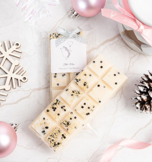 frankincense and mryhh wax melts by little miss twiggie twinkles