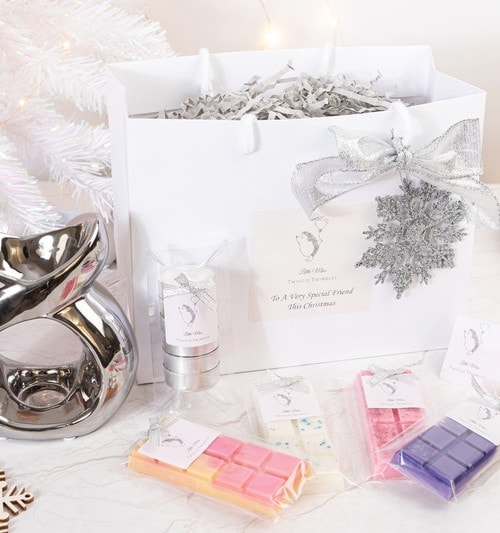 Christmas gift for friends - little miss twiggie twinkles wax melt gift bag for your best friends